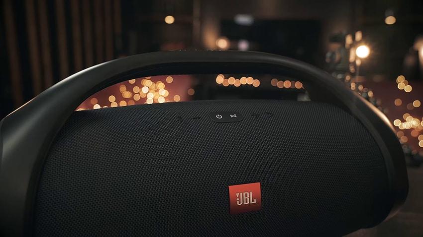 JBL Boombox Button